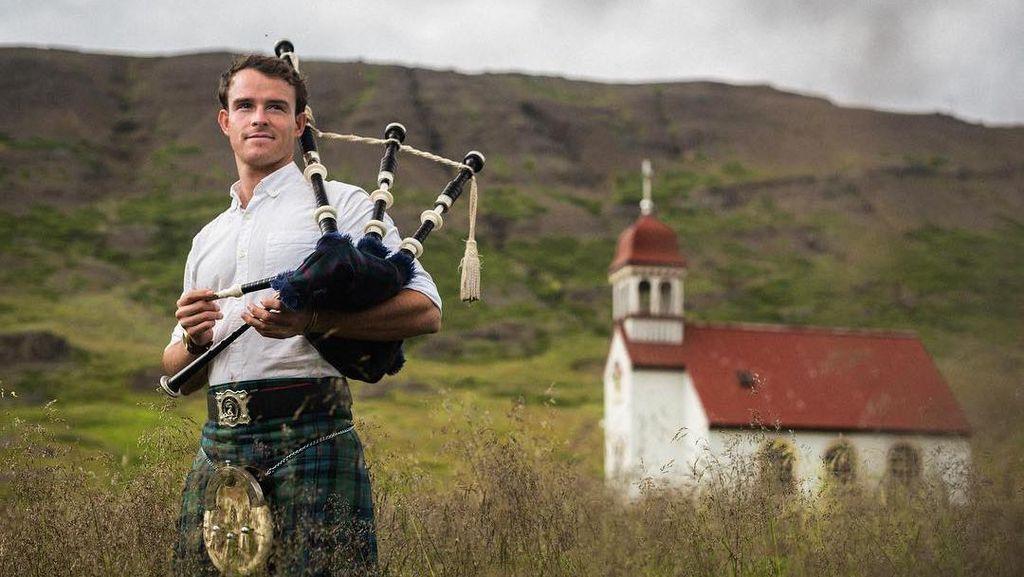Foto: Cara Unik Cowok Ganteng Skotlandia Keliling Dunia