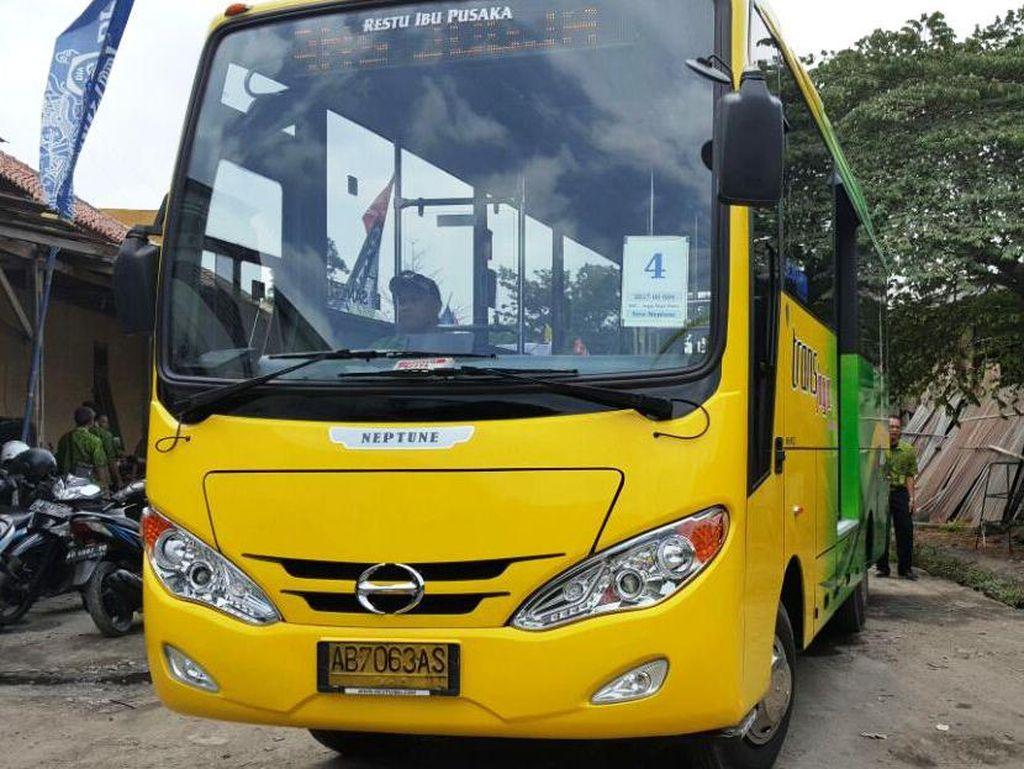 Cakep! Bus Hino Ini Jadi Trans Jogja