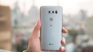 LG V30 Mulai Dijual, Harganya?