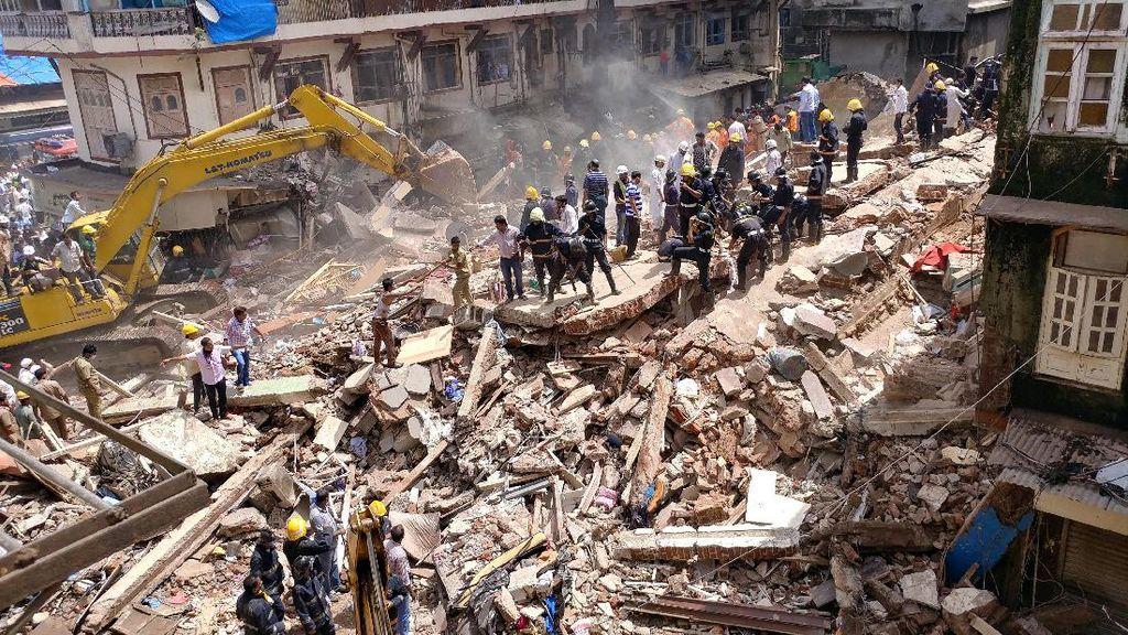 Gedung Ambruk di India Tewaskan 9 Orang