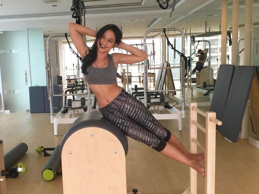 Nggak Kalah Sama Raisa! Pevita Pearce Juga Doyan Olahraga Lho