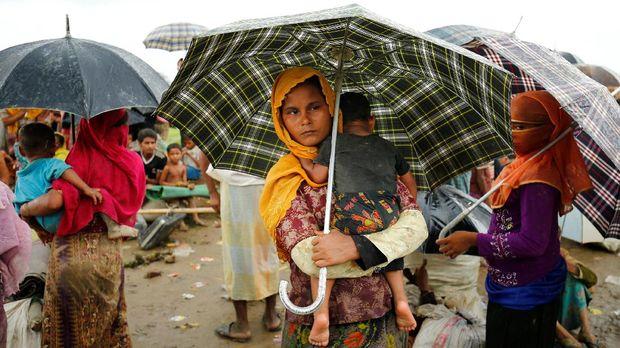 Derita Muslim Rohingya dari Mata Relawan Pramuka