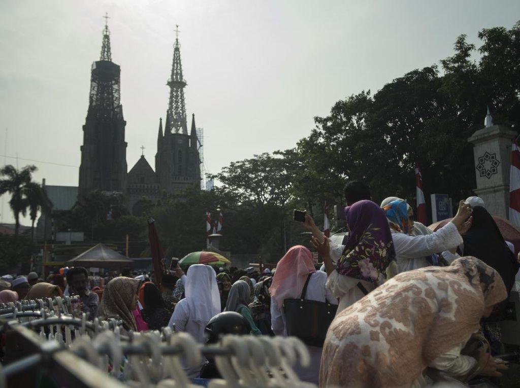 Foto: Seusai Salat Idul Adha di Istiqlal