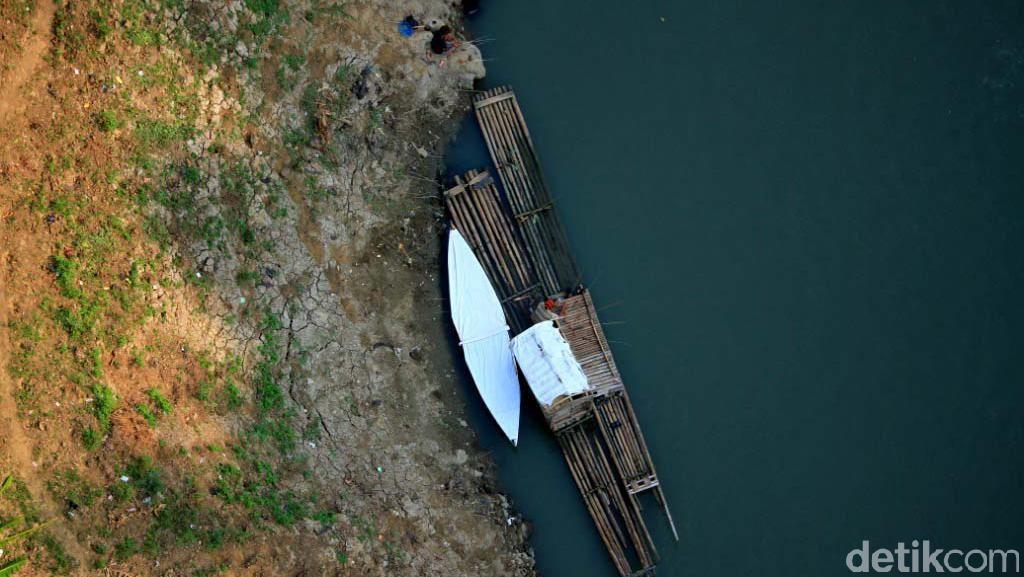 Kemarau, Sungai Citarum Mengering