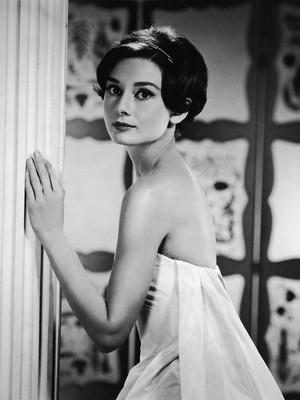 Terungkap, Rahasia Tubuh Ramping Audrey Hepburn Meski Doyan Makan Pasta