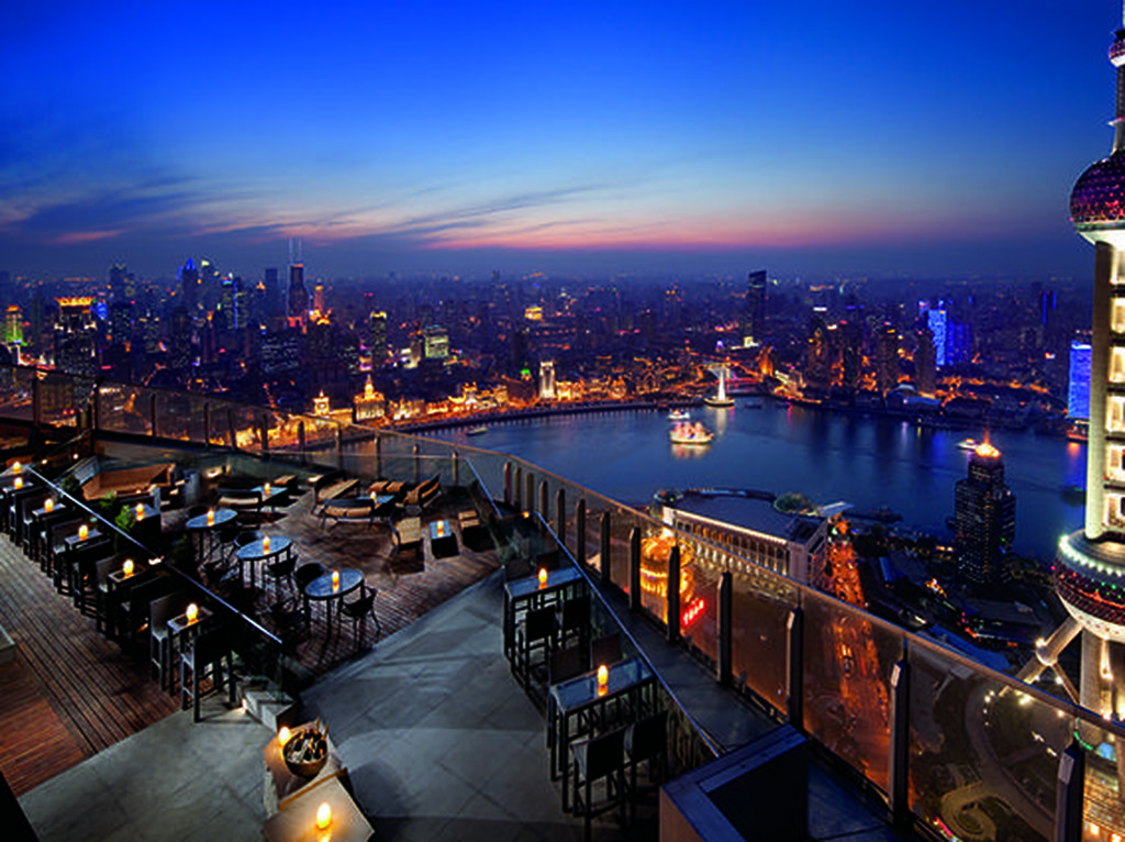 Ini 10 Restoran Rooftop dengan Pemandangan Terindah di Dunia