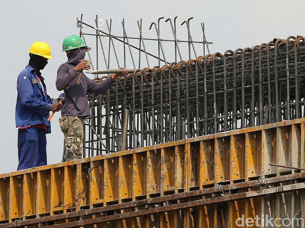 Foto: Tol Becakayu Kejar Tayang