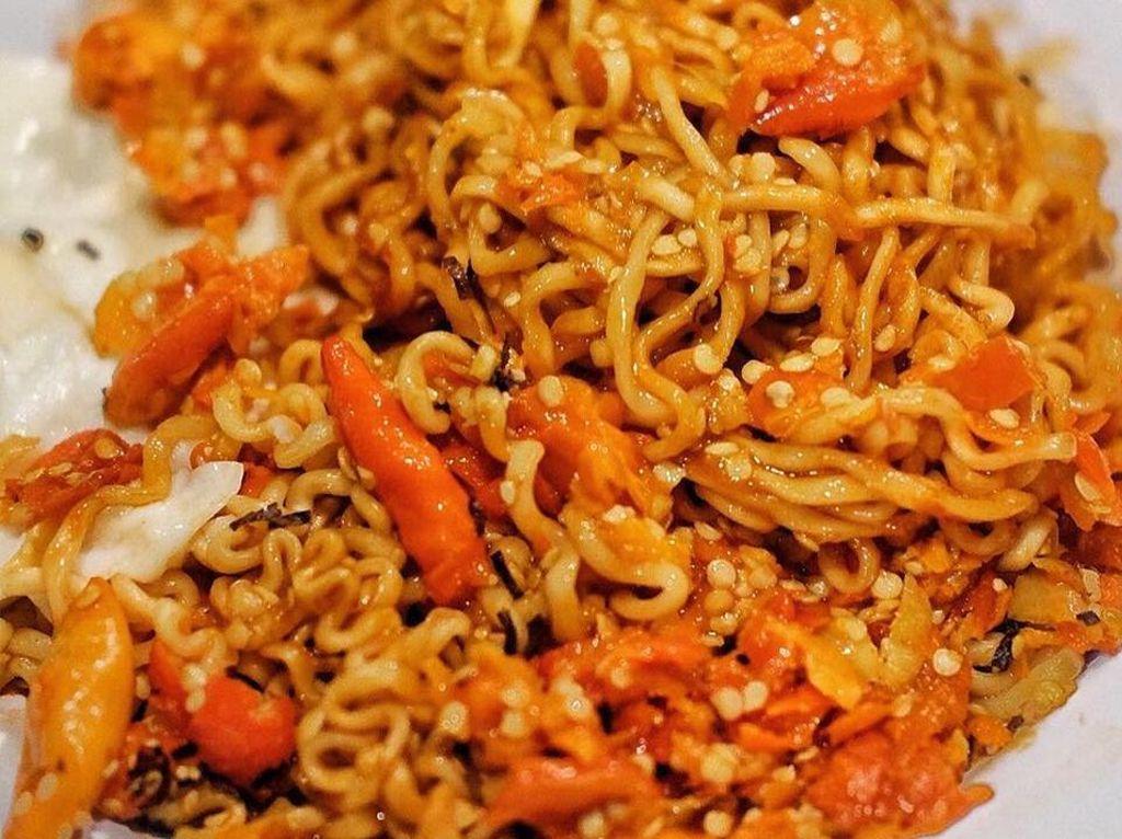 Pencinta Makanan Super Pedas Punya Hidangan Favorit dan Trik Atasi Rasa Pedas