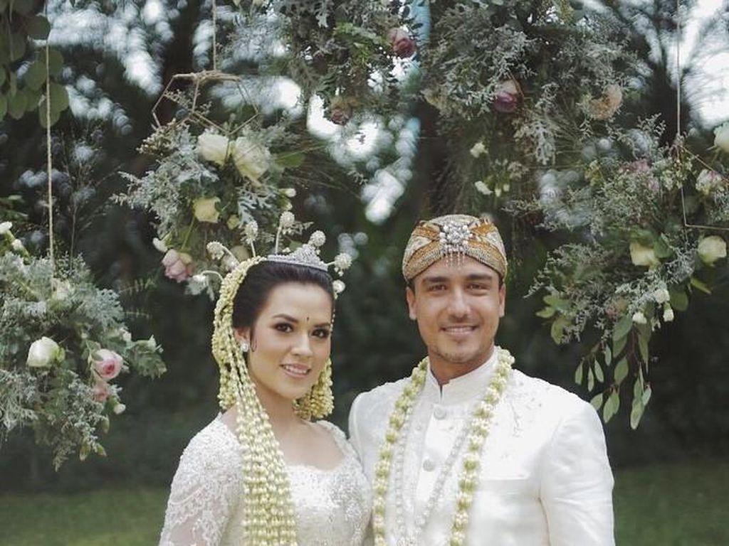 Banyak Saksi, Pernikahan Seperti Raisa-Hamish Bisa Perkuat Komitmen