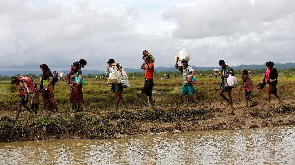 Myanmar Minta Warga Rohingya Bantu Buru Militan di Rakhine