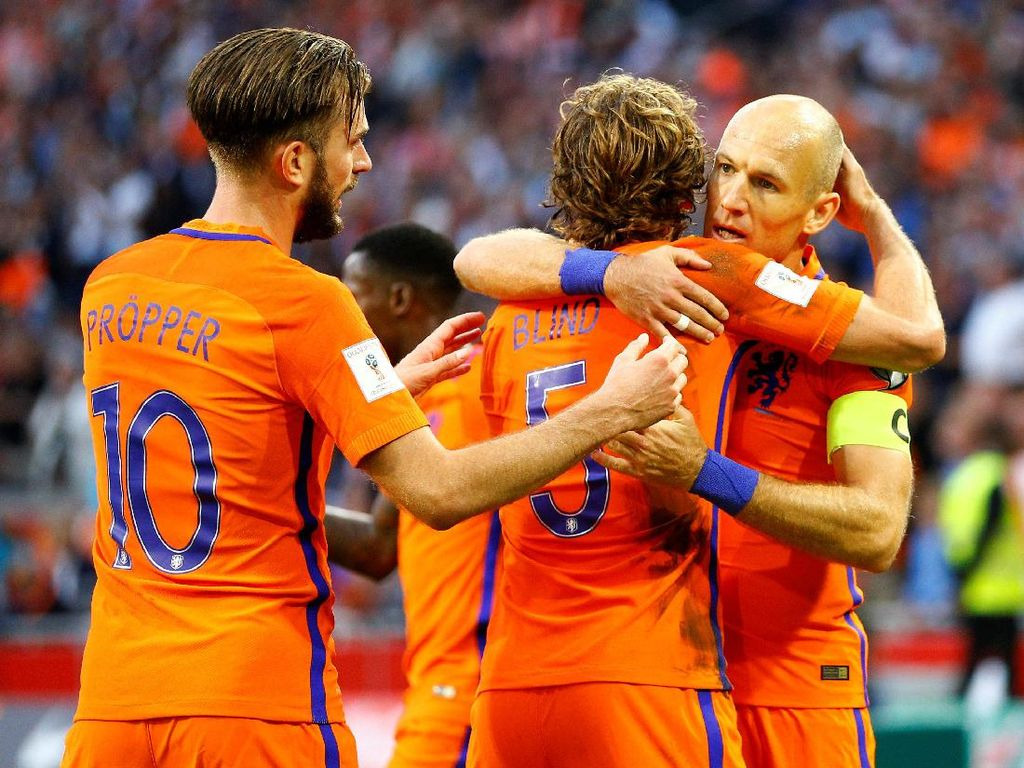 Kalahkan Bulgaria, Belanda Jaga Peluang