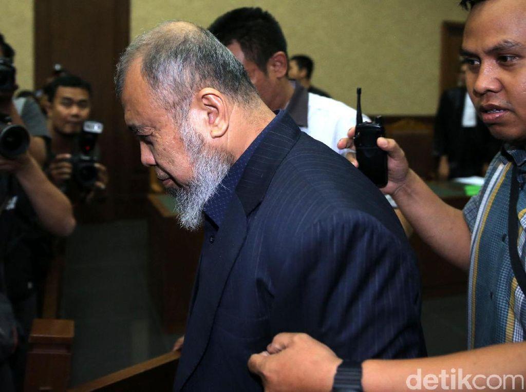Giliran Eks Hakim MK Patrialis Akbar Ajukan PK Kasus Korupsi