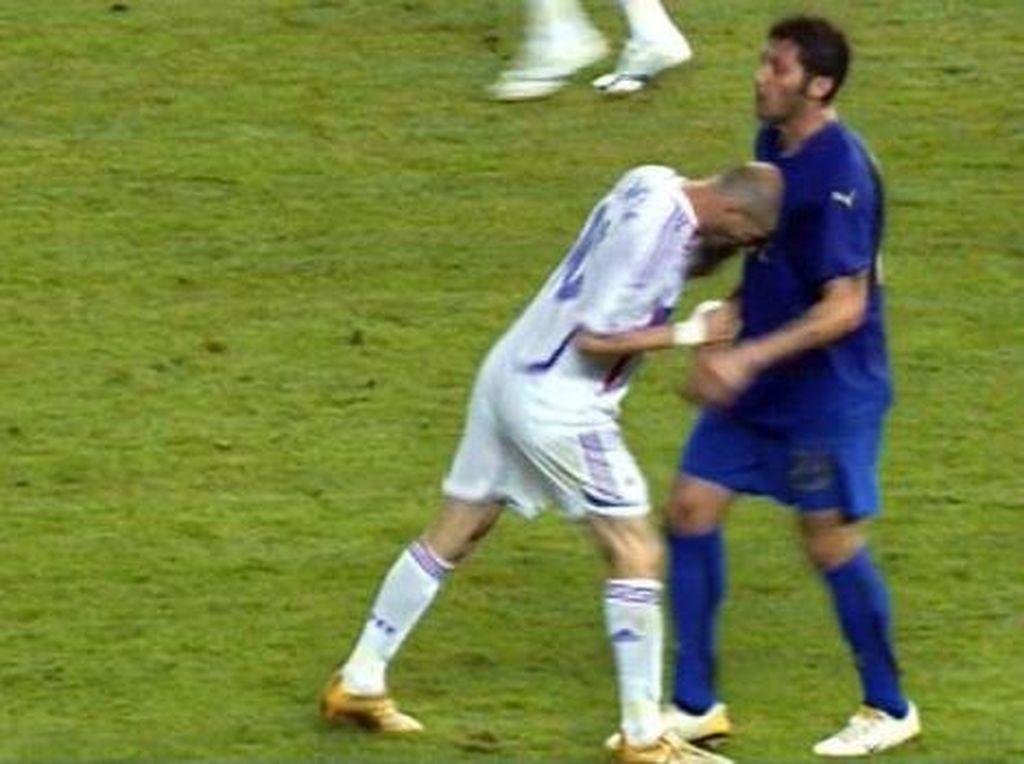 Eks Bek Prancis: Aku Putus Kontak dengan Zidane Usai Ia Tanduk Materazzi