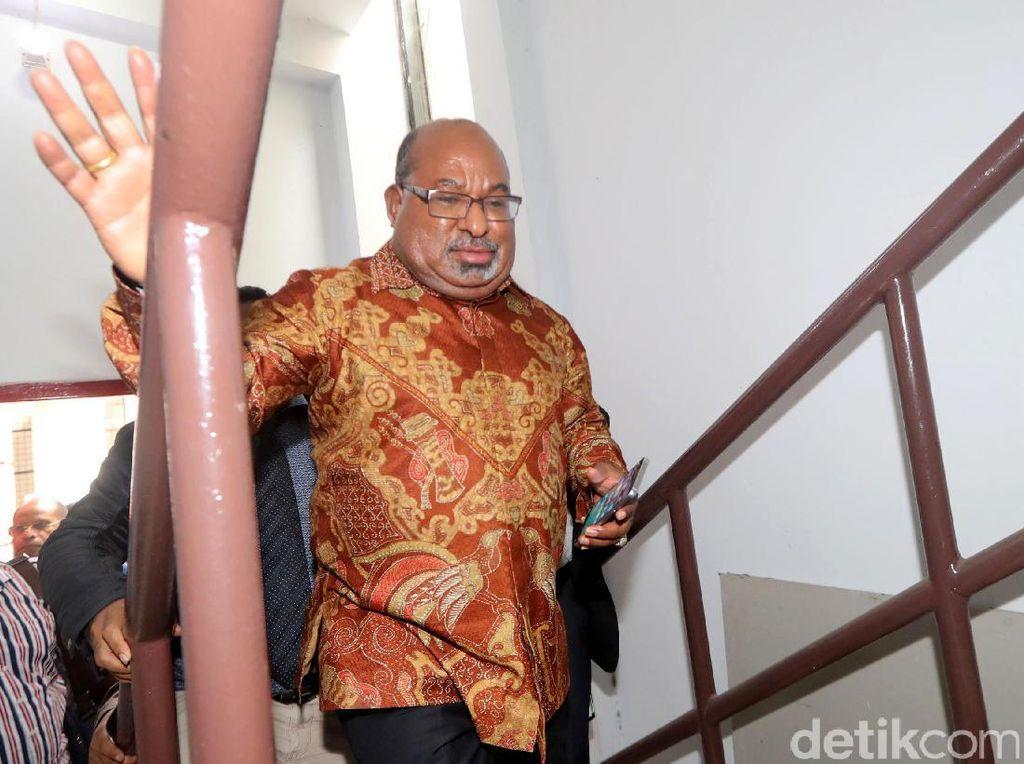Kontroversi Gubernur Papua Soal TNI-Polri di Nduga