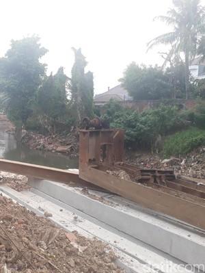 Normalisasi Sungai Ciliwung di Bukit Duri Rampung Bulan Depan