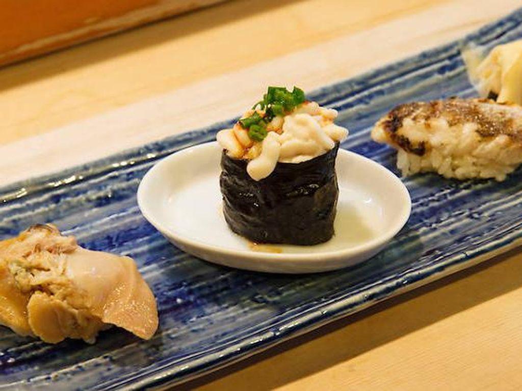 Ini Dia 10 Restoran Sushi Paling Enak di Tokyo (2)