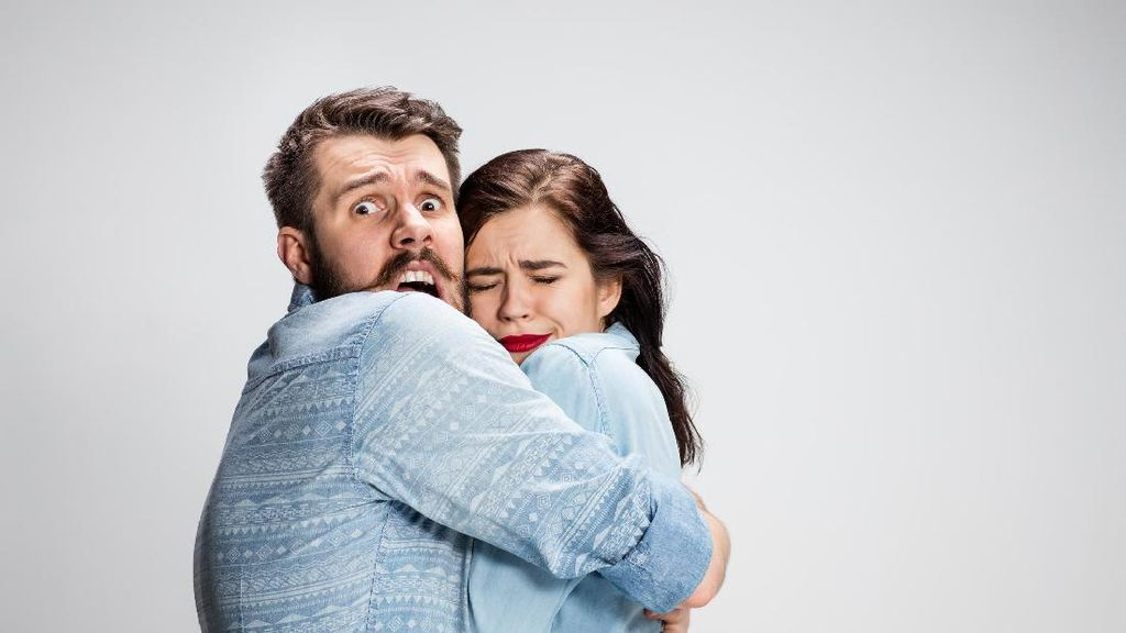 Fobia Unik yang Rasanya Mustahil Dialami Pasangan Seromantis Raisa-Hamish