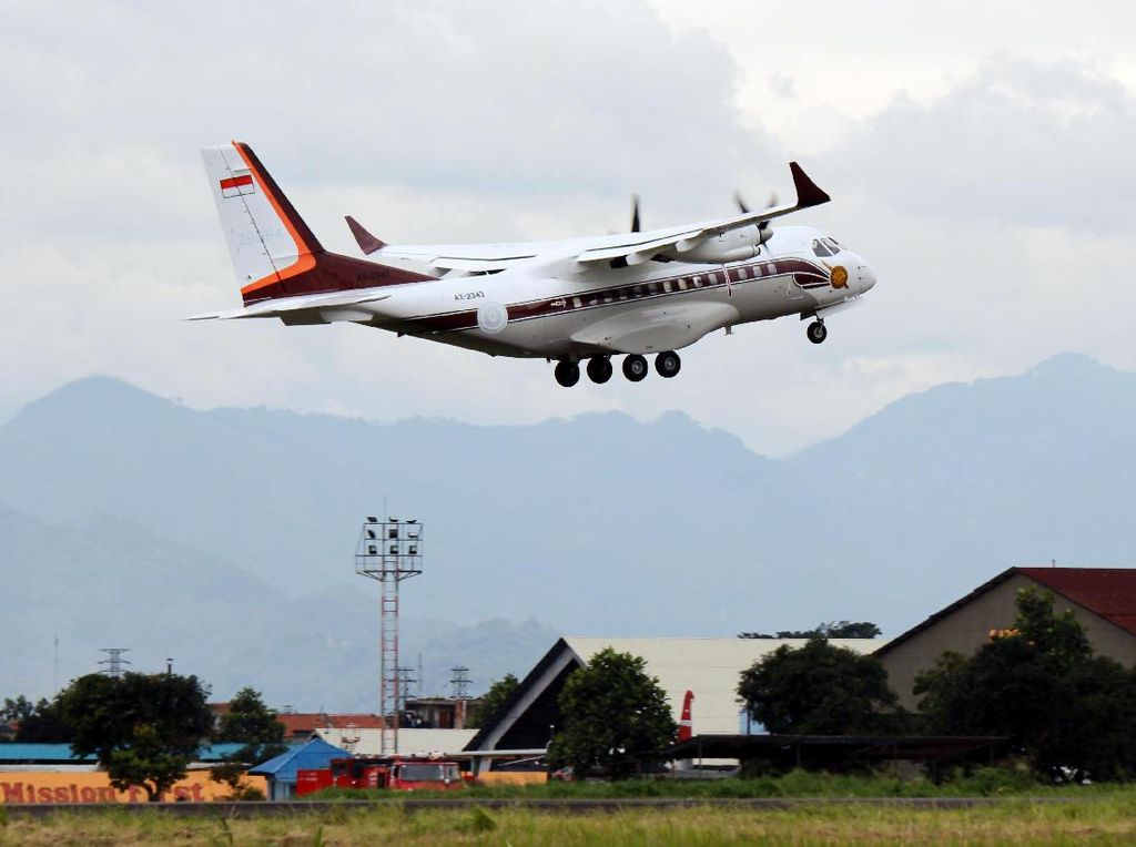 Foto: Bangga! Pesawat Buatan RI Laris Manis di Asia Hingga Afrika