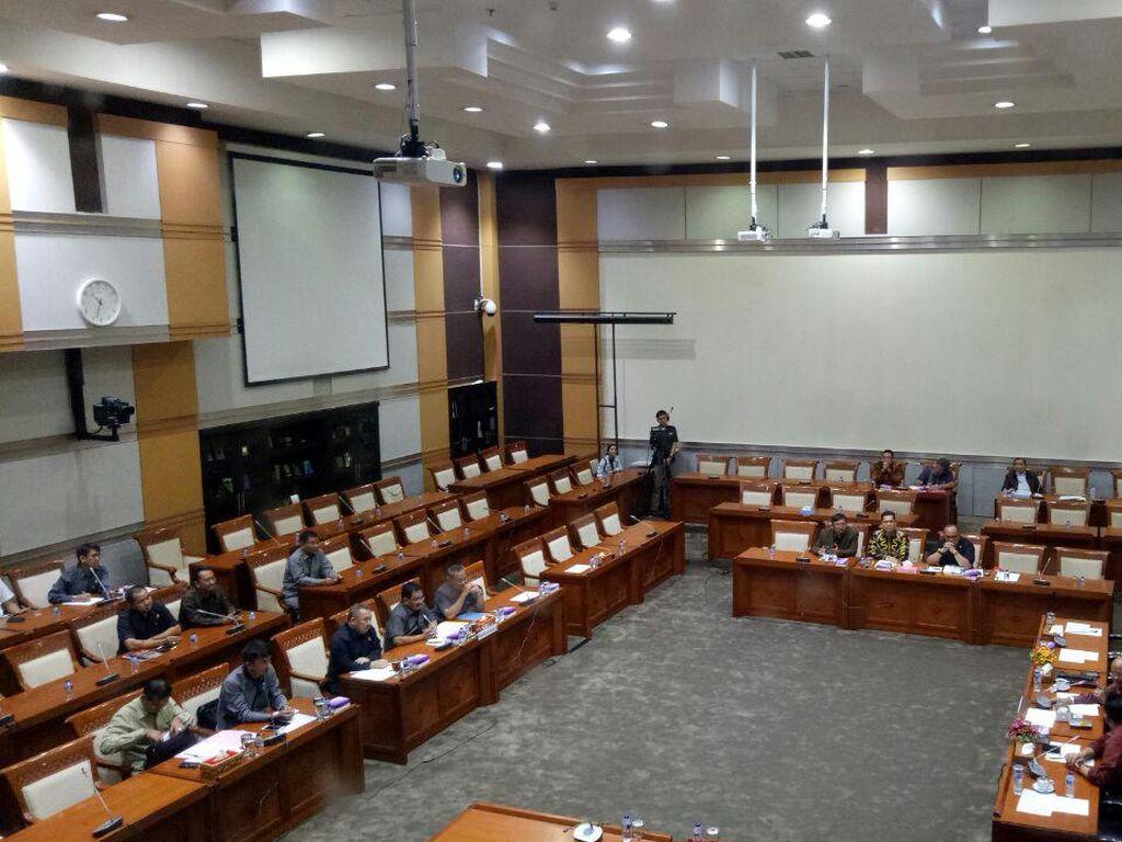 Komisi III DPR-Kejagung Rapat Tertutup Bahas OTT di Pamekasan