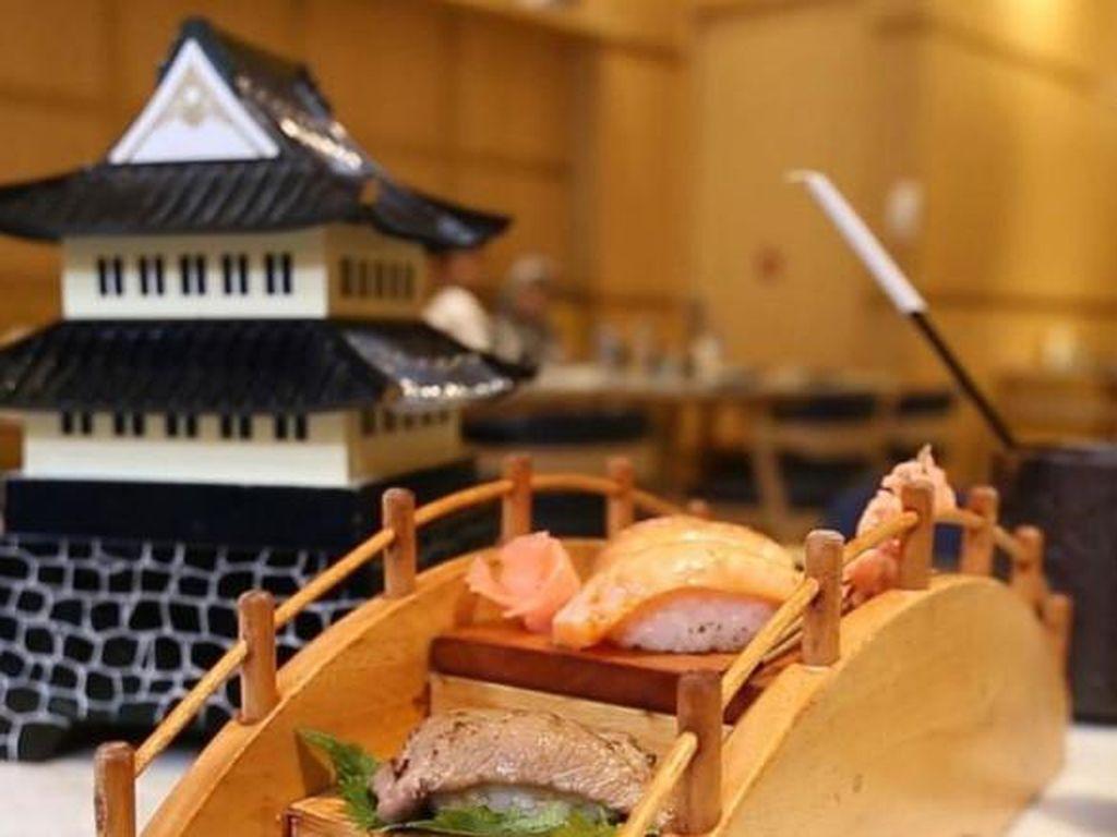Sushi Tumpeng hingga Sushi di Atas Jembatan, Kreasi Sushi yang Unik dan Enak