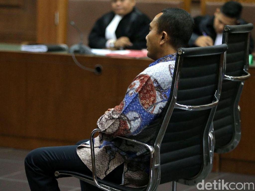 Mantan Bupati Buton Samsu Umar Dituntut 5 Tahun Penjara