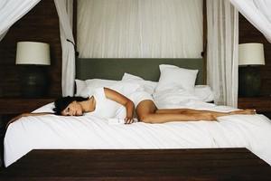 Foto: Wanita Cantik yang Dibayar Buat Tidur di Hotel Mewah