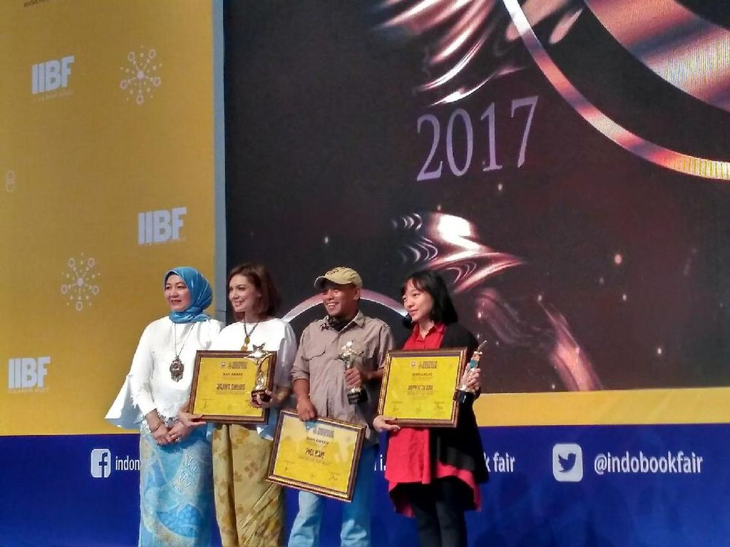 Pidi Baiq sampai Happy Little Soul Raih Penghargaan di IIBF 2017