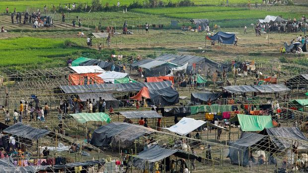 Myanmar Sita Kapal yang Bawa 93 Rohingya