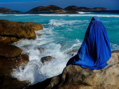 Fotografer Ini Raih Penghargaan alasannya ialah Potret Wanita Pakai Burqa
