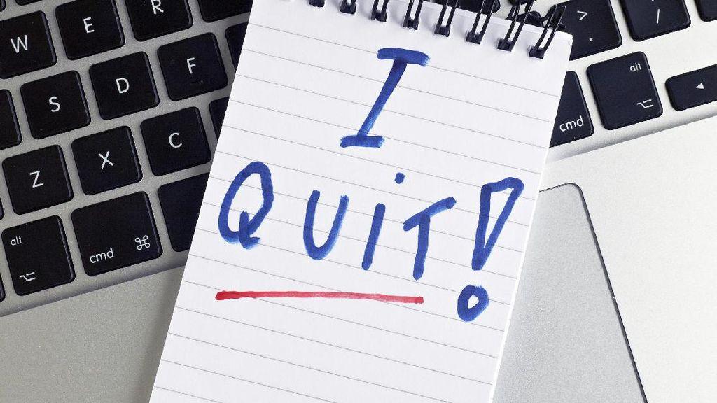 Tanda-tanda Kamu Stres dan Perlu Resign dari Pekerjaan