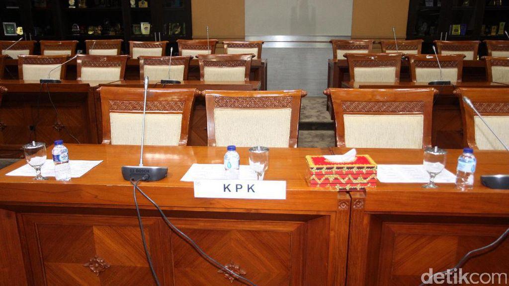 Kursi Kosong Pimpinan KPK di Rapat Komisi III