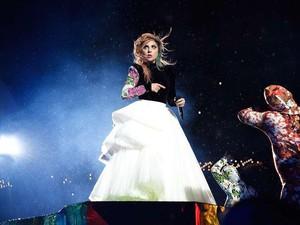 Batalkan Konser, Lady Gaga Beri Pizza Gratis ke Fans sebagai Permintaan Maaf
