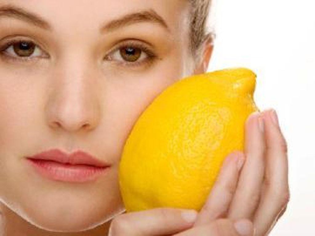 Dapatkan Bibir Merah Merona dengan 5 Bahan Alami dari Dapur Ini