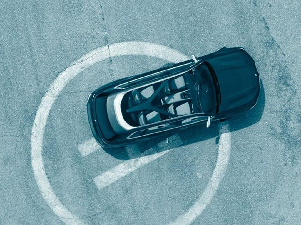 Bocoran SUV Baru BMW Penantang Range Rover