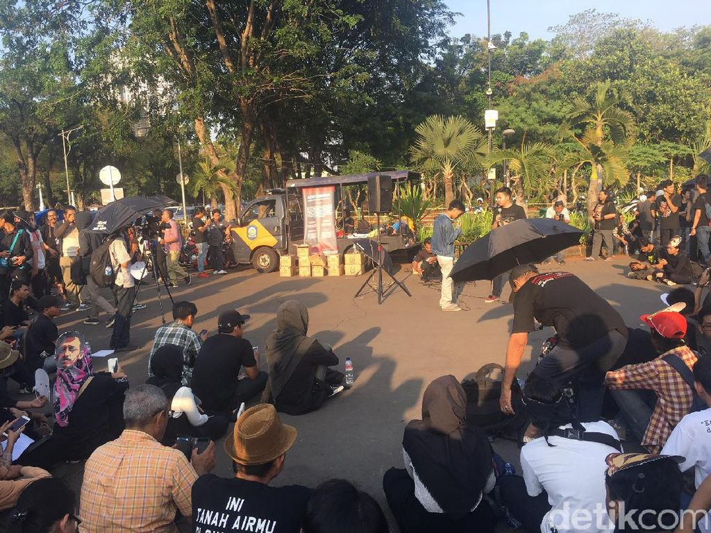 Sentilan Sumarsih untuk Jokowi dan Prabowo Soal HAM