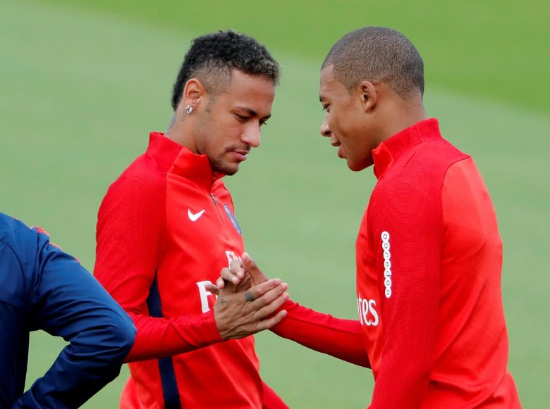 Neymar-Mbappe Akan Jadi Penerus Dominasi Messi-Ronaldo