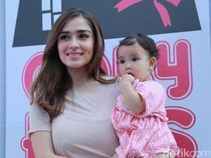 Yasmine Wildblood Tak Mau Jadikan Putrinya Bintang Cilik