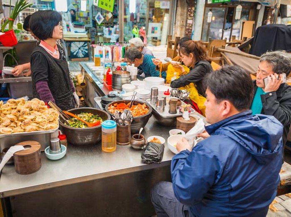 10 Tempat Makan Murah di Seoul, Harganya di Bawah Rp 50.000! (1)