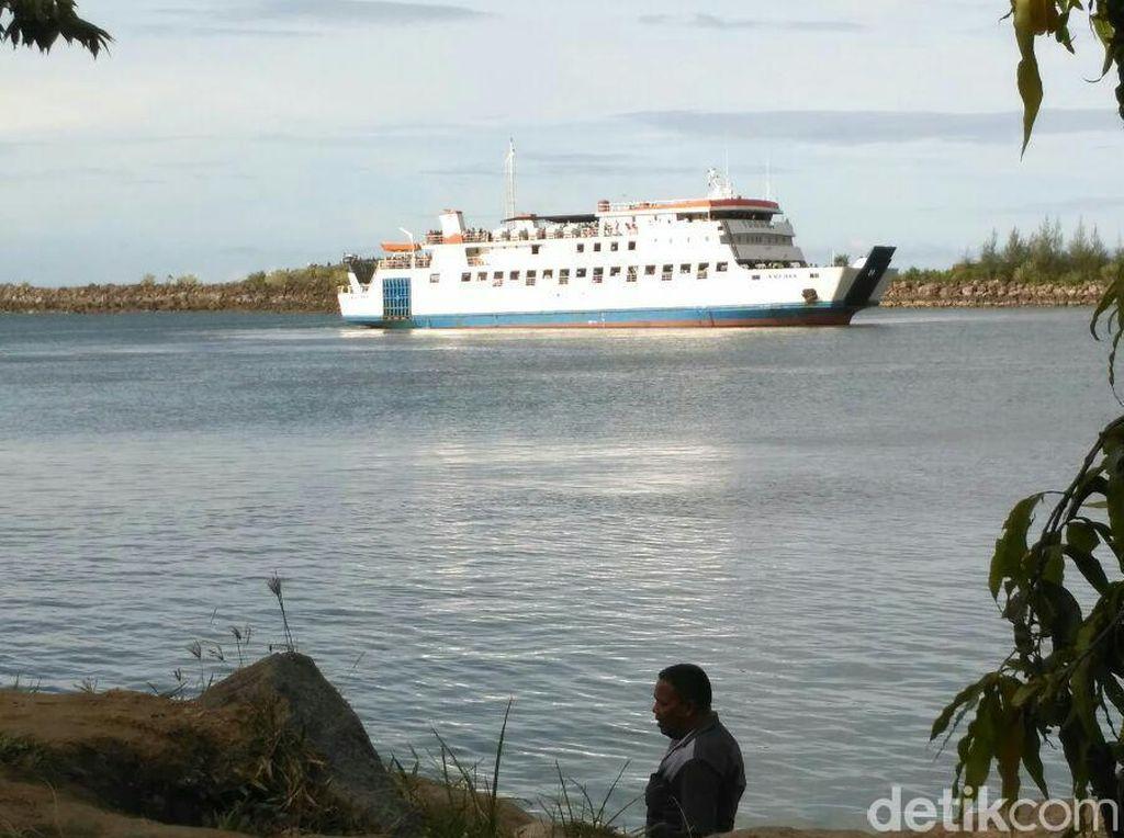 Kapal Penumpang ke Sabang Kandas saat Keluar Pelabuhan