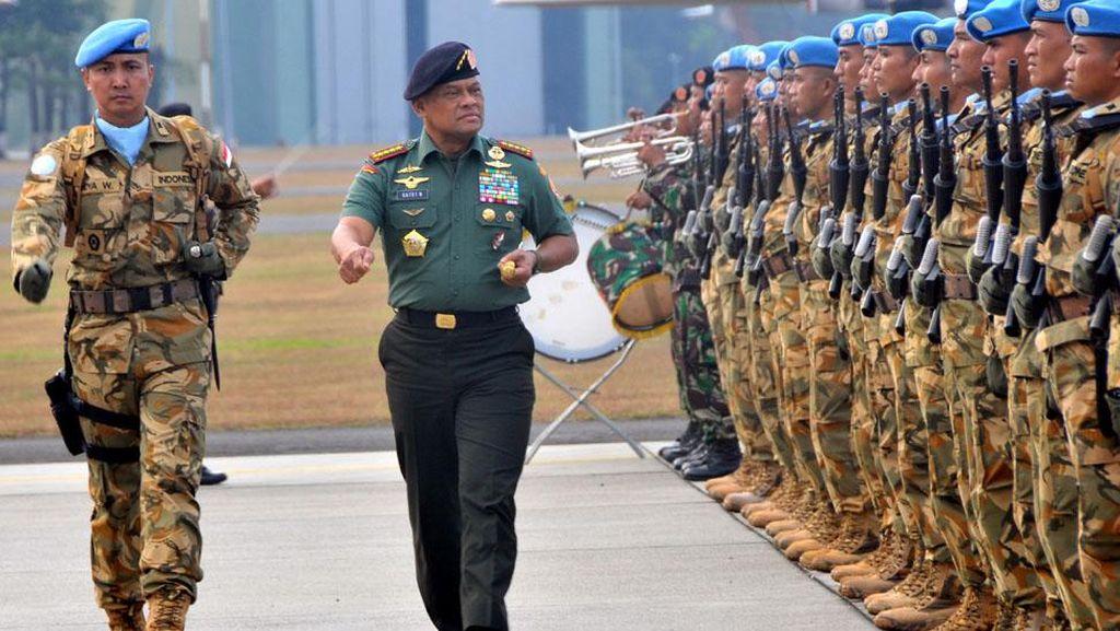 Panglima TNI Pimpin Upacara Penerimaan Purna Tugas Pasukan Garuda