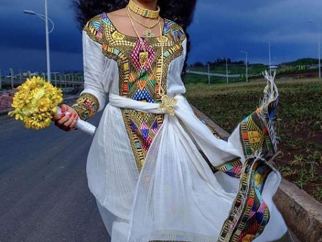 Foto: Eksotisnya Wanita-wanita Ethiopia