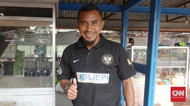Firman Utina menjadi salah satu legenda yang akan tampil dalam laga amal untuk Sulawei Tengah.