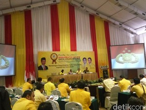 Di Hadapan Kader Golkar, Kapolri Bicara Demokrasi dan Kesejahteraan