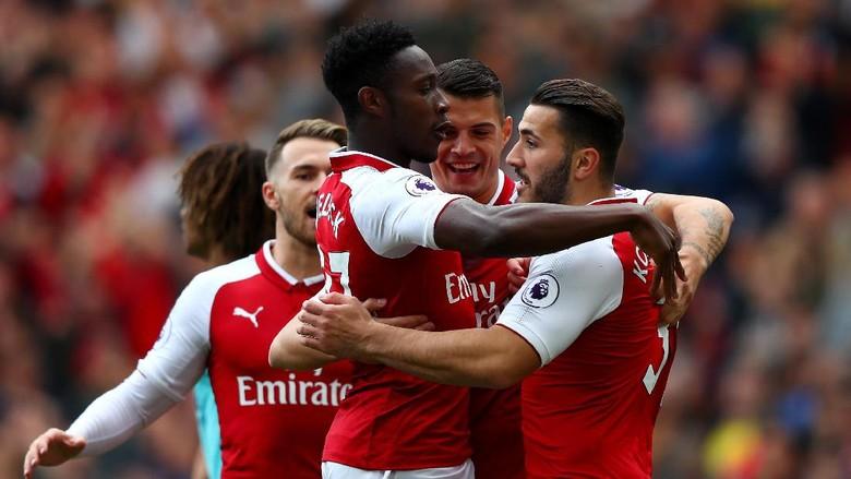 Welbeck-Lacazette Menangkan Arsenal atas Bournemouth