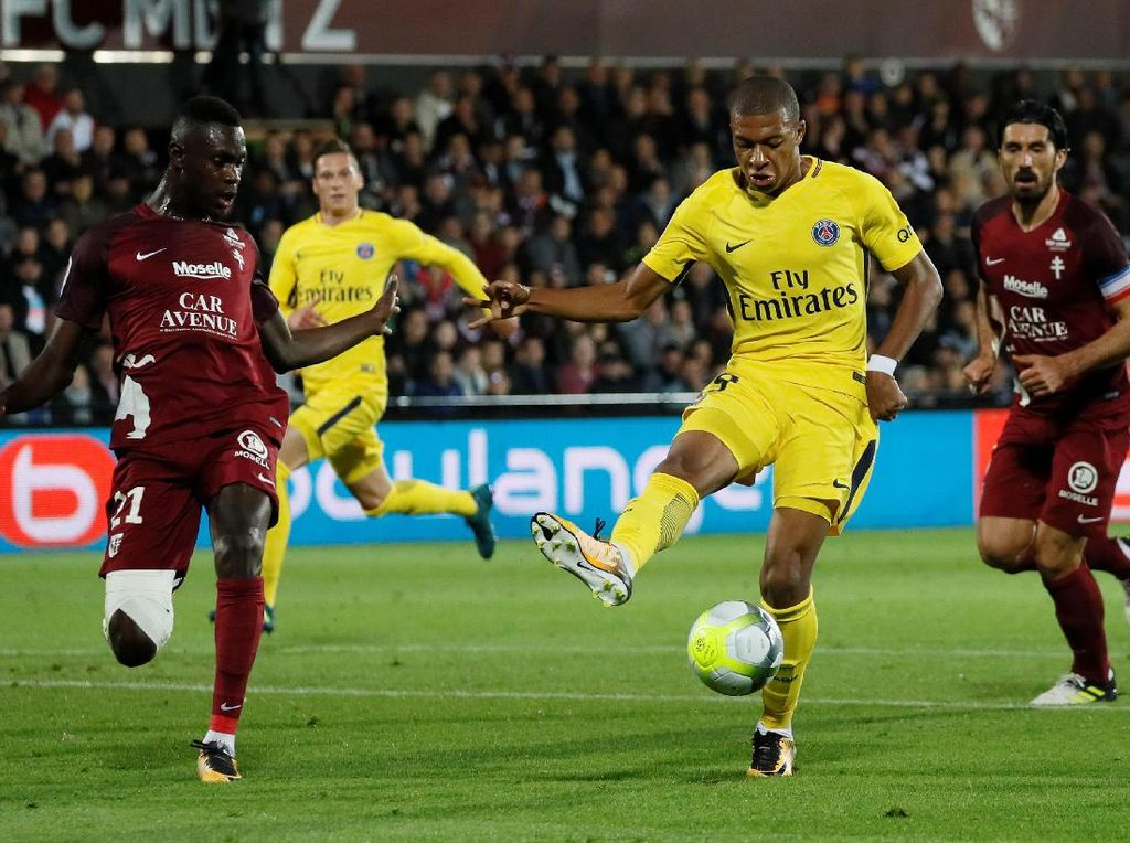 Debut Sempurna Kylian Mbappe di PSG