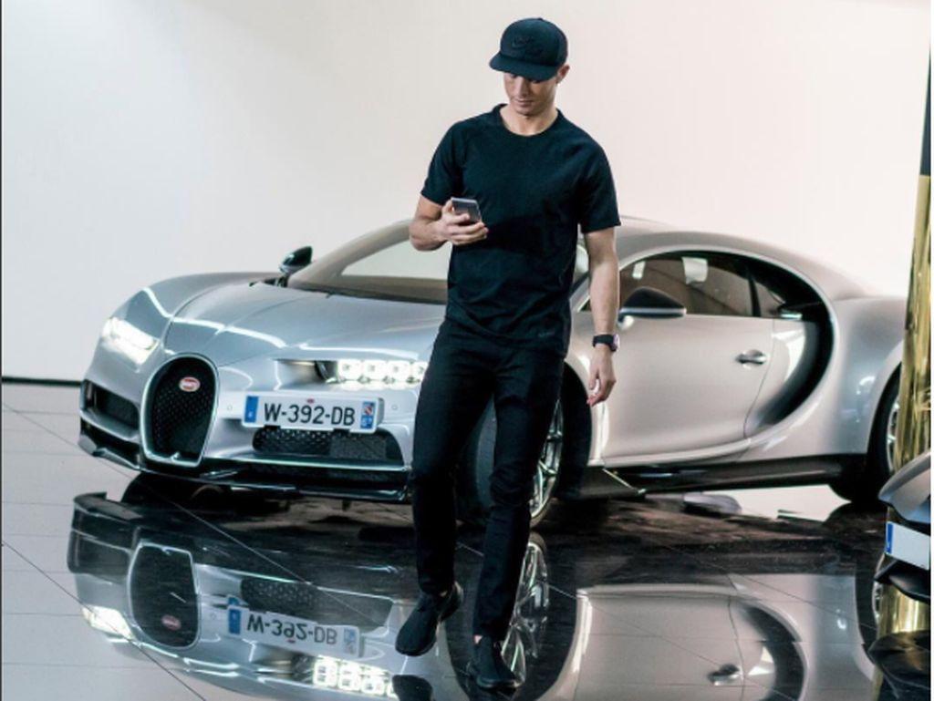 5 Mobil Mewah Cristiano Ronaldo, Paling Murah Rp 4 M