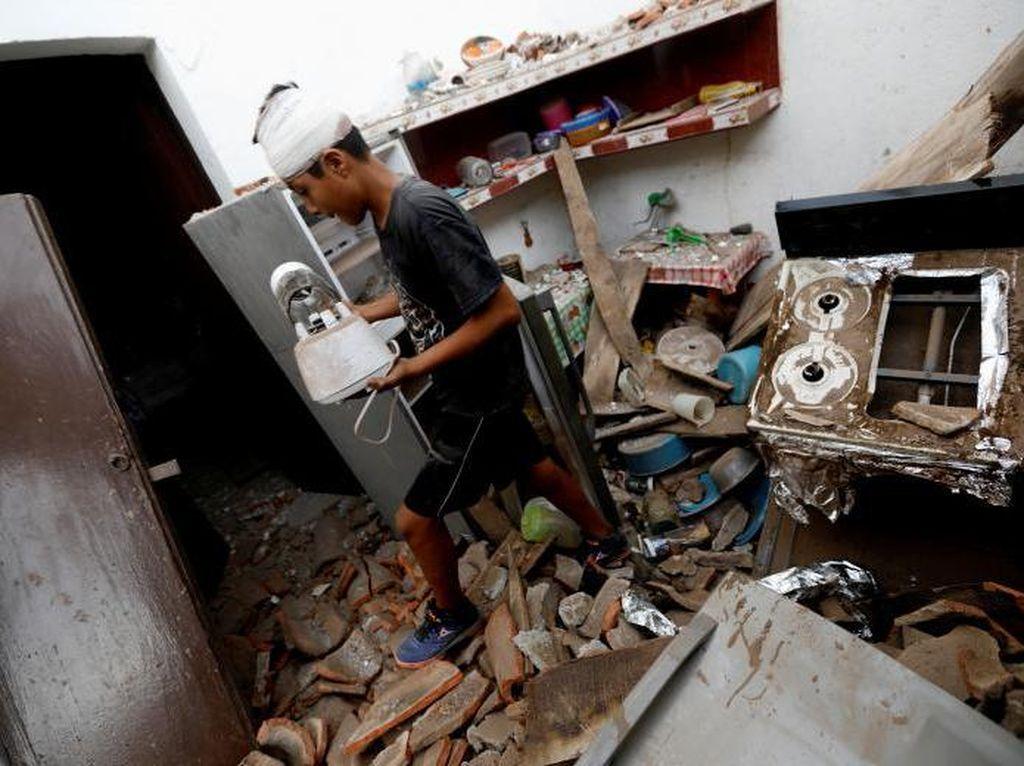 Bahu-membahu Warga Meksiko Salurkan Bantuan Korban Gempa