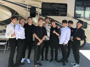 Akhirnya! BTS Kolaborasi dengan The Chainsmokers di Album Baru