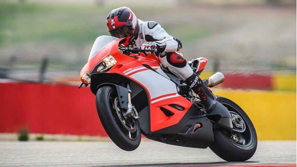 Mesin V4 Terbaru Buat Ducati Makin Sangar