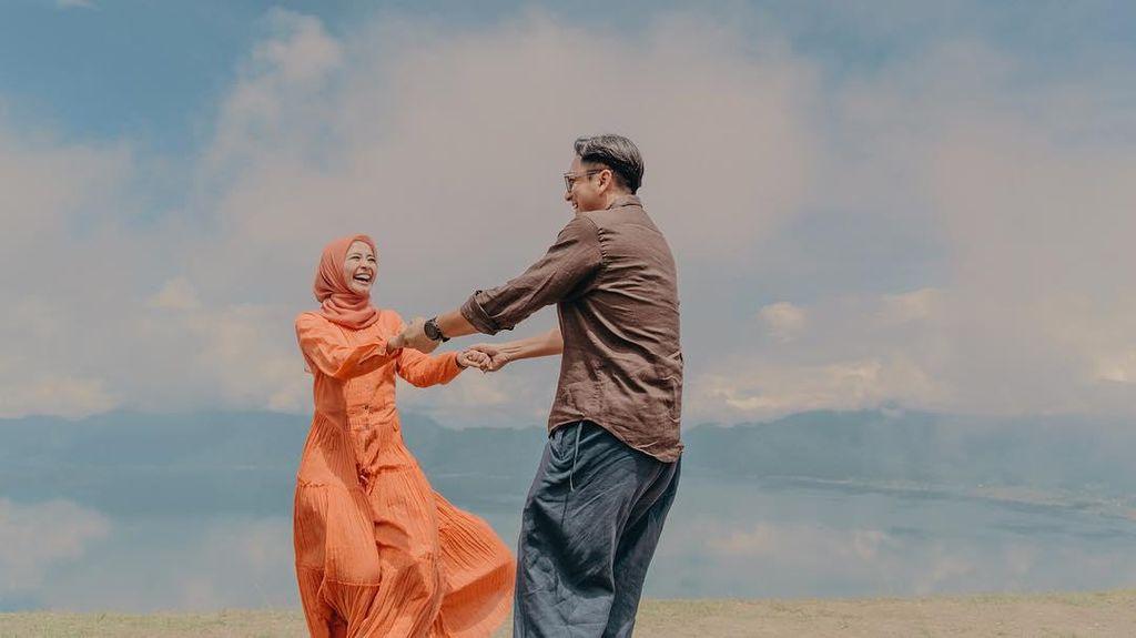Inspirasi 13 Foto Prewedding Laudya Cynthia Bella di Padang